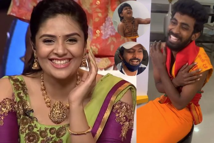 Sri mukhi fun with Express hari and Jabardasth Naresh