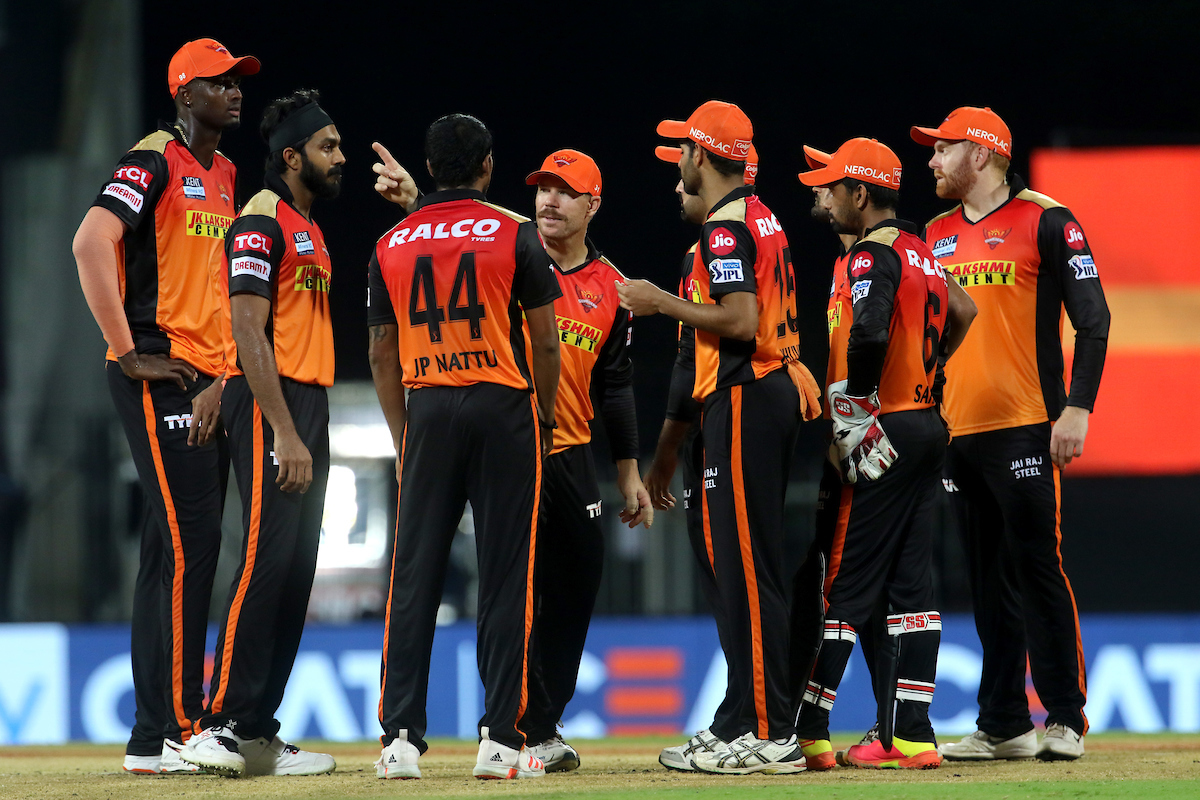 IPL-14 Match-6 : second victory for bangalore team