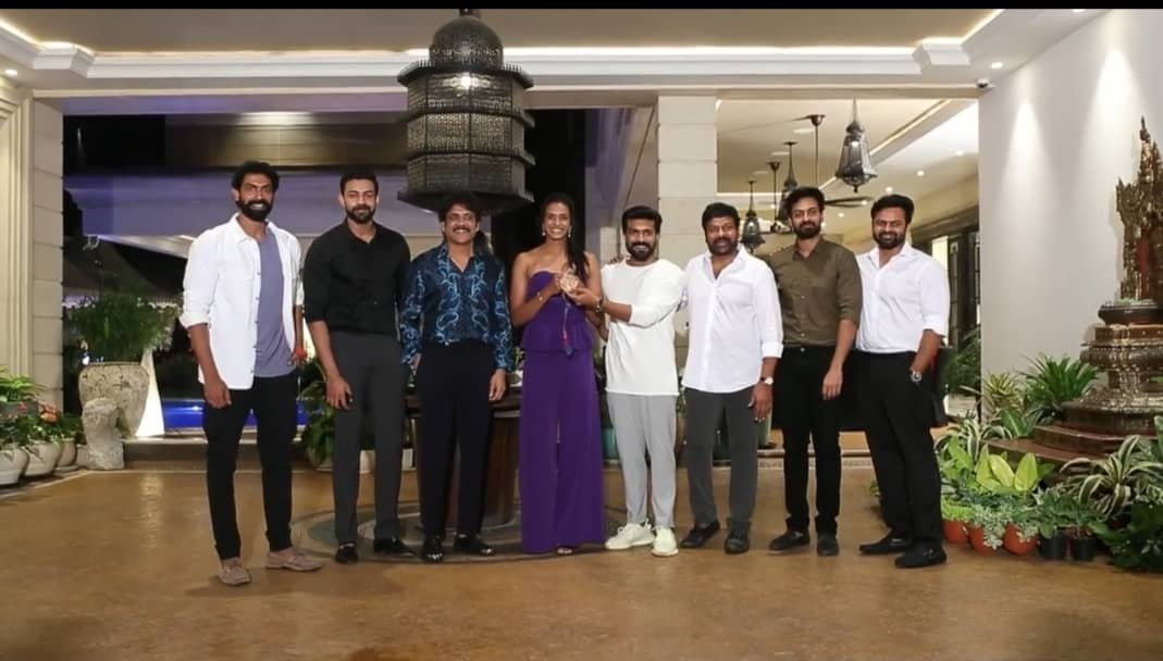 Megastar Chiranjeevi Hosts A Grand Party To Felicitate PV Sindhu In Hyderabad