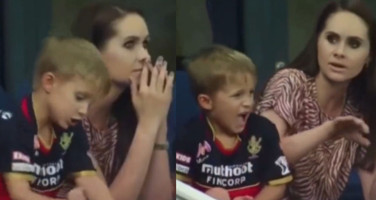 AB de Villiers' son punches his hand on chair in disappointment, hurts himself after his father got out