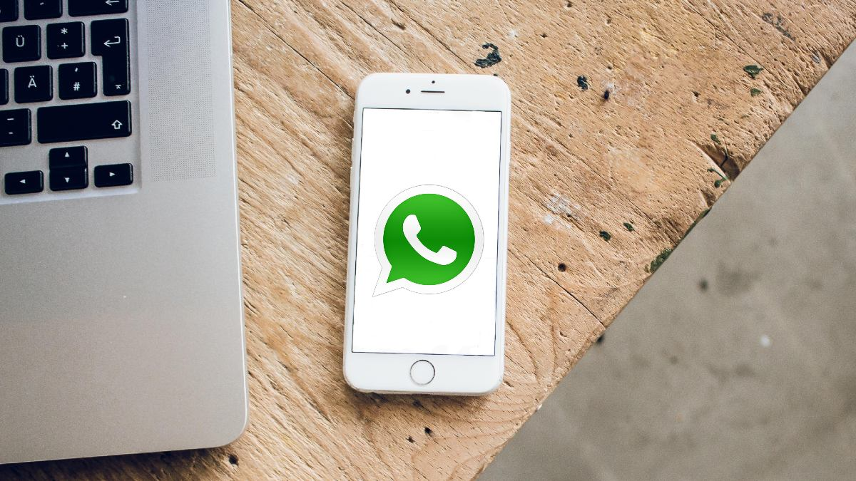 Clicking WhatsApp links exposes you to cyber theft